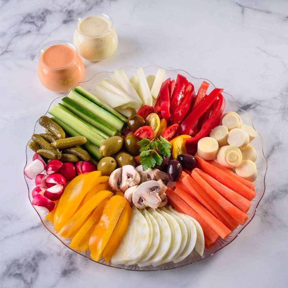 פלטת ירקות - צבעים בצלחת