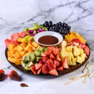 מגש פירות ופונדו שוקולד