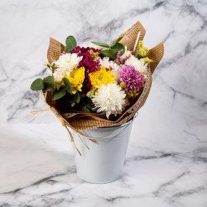 זר פרחים לבן