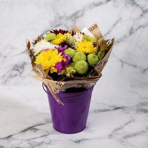 זר פרחים צבעוני